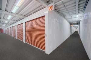StorageMart - Halsted & Chicago - Photo 5