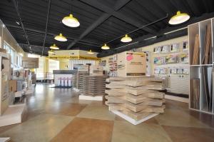 StorageMart - Mannheim & Belmont - Photo 2
