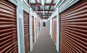 StorageMart - Mannheim & Belmont - Photo 4