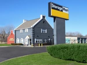 StorageMart - 67th & I-35