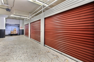 Image of StorageMart - Market & San Pablo Facility on 2743 San Pablo Ave  in Oakland, CA - View 2