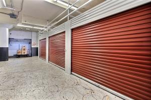 StorageMart - Market & San Pablo - Photo 2