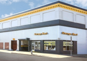 Image of StorageMart - Market & San Pablo Facility on 2743 San Pablo Ave  in Oakland, CA