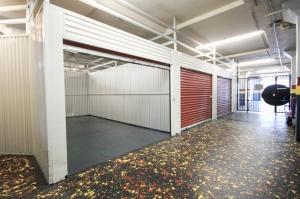 StorageMart - Market & San Pablo - Photo 7