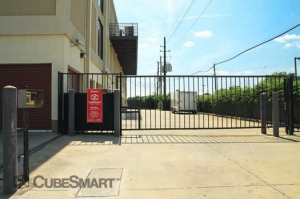 Picture of CubeSmart Self Storage - Houston - 8252 Westheimer Rd