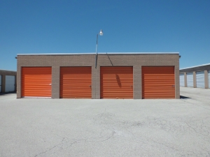 Image of A Storage Inn - Ruck Rd Facility on 16039 Ruck Rd  in Ellisville, MO - View 2