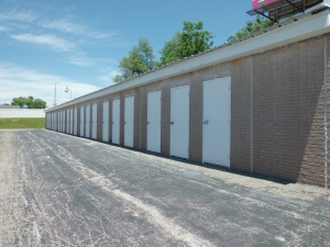 Image of A Storage Inn - Hwy 94 Facility on 2130 Old Highway 94 South  in St Charles, MO - View 4