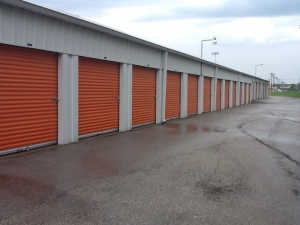 Image of A Storage Inn - Kingshighway Facility on 4677 Lansdowne Ave  in St Louis, MO - View 2