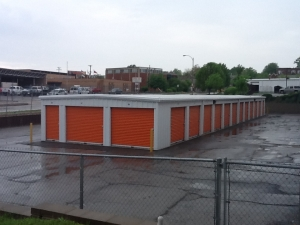 Image of A Storage Inn - Kingshighway Facility on 4677 Lansdowne Ave  in St Louis, MO - View 4