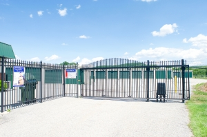 Guardian Self Storage - Chester - Photo 2